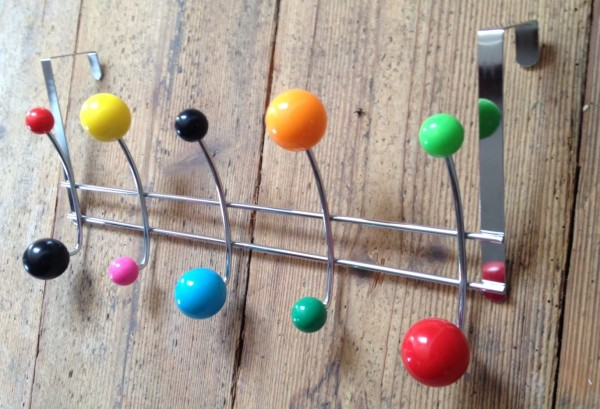 NEU Wandhaken Kleiderhaken Garderobe Haken Kugel Balls Bunt 10 Haken